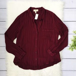 NWT Anthro, Burgundy Black Button Down Top 552